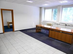 Kancelárske priestory prenájom Prievidza,59,6 m2 budova Allianz-Slovenská poisťovňa - Nehnuteľnosti - Prievidza - Centrum